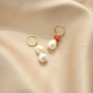 pendientes de perlas y coral-blingbling